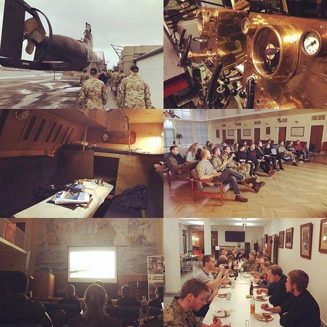 En god dag på Søværnets officersskole, med fremvisning af u- og torpedobåd - efterfølgende stod den på krigskakao, døde fingre og S/S Martha! #kadetliv #deterikkealtidhårdtatgåtilsømand #peto16
