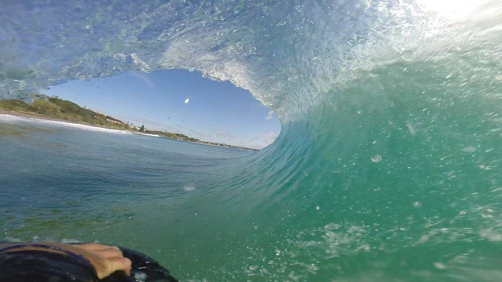 Surf-mat-barrel-revesdiles-iledere.jpg