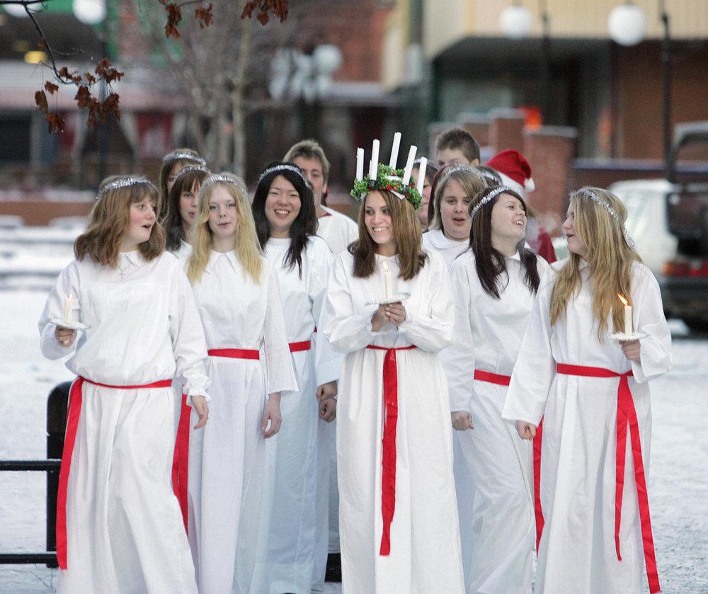 7.  Sweden saint Lucia .jpg