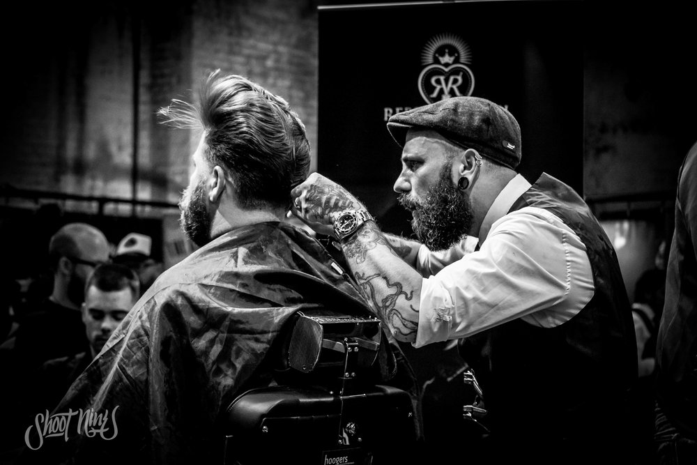 Explore the way of working of barber talents and ask for their tips & tricks. -
