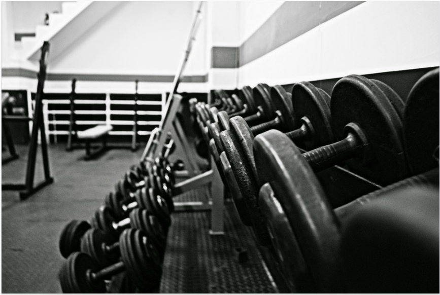 Source: https://pixabay.com/en/gym-academy-dumbbells-weight-1040985/