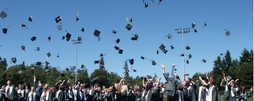 Source:https://pixabay.com/en/graduation-teen-high-school-student-995042/