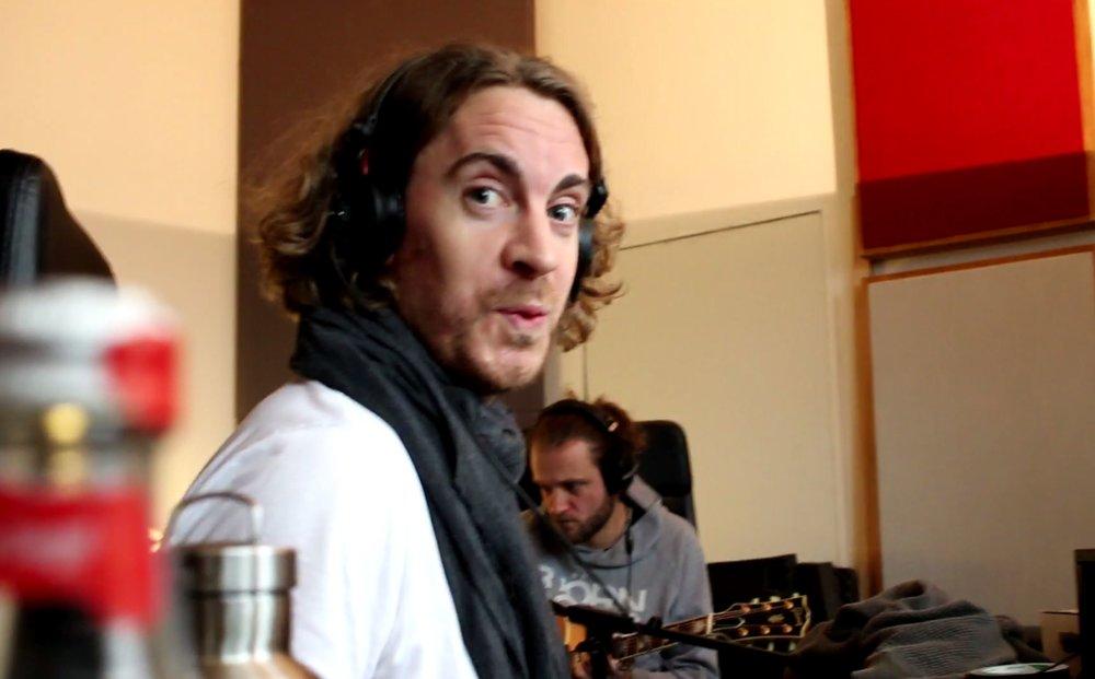 Produzent Jan begeistert vom Gast-Gitarristen Hardy