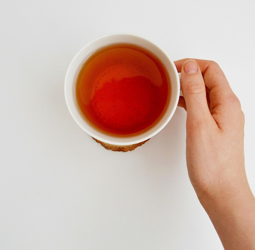 4 Teas to Nourish Your Skin