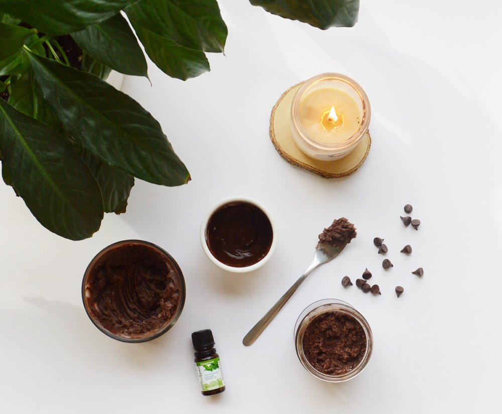 How to Make Your Own Fall Beauty Products: Peppermint + Chocolate