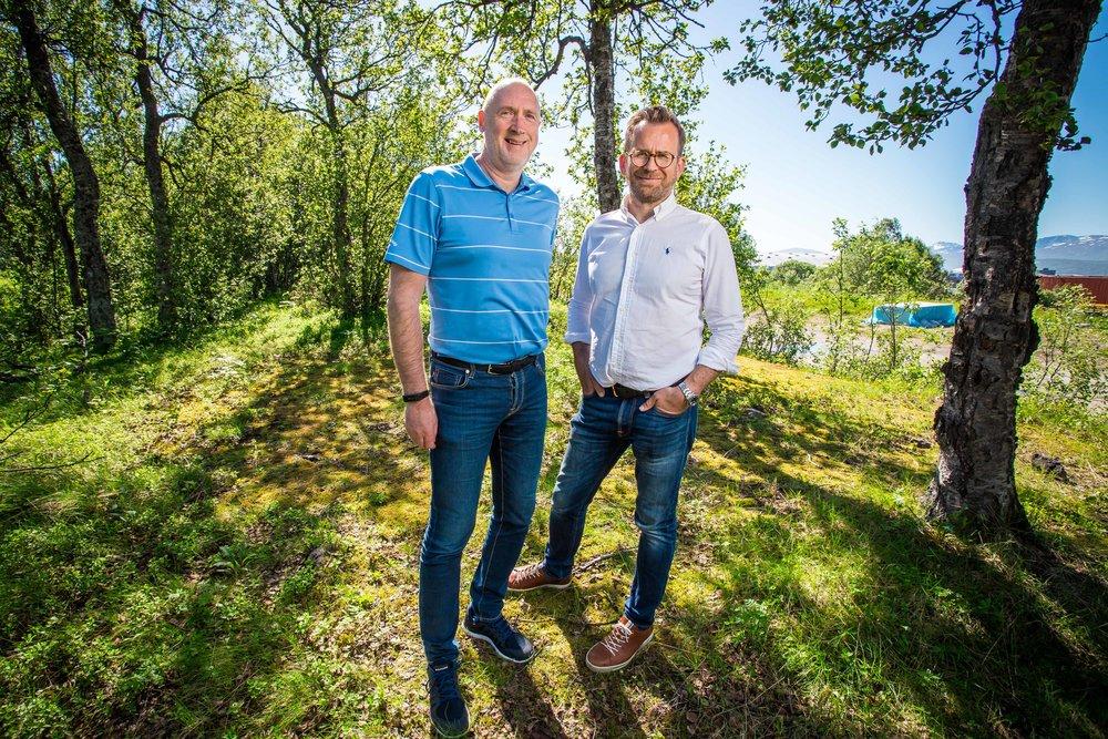 NY BYDEL: På Langnes planlegges den nye bydelen Einerhagen. Her ved prosjektleder Odd-Harald Eriksen og daglig leder Even Liahjell.