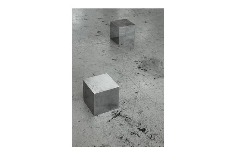 170127_WEB_500x750_cube_4.jpg