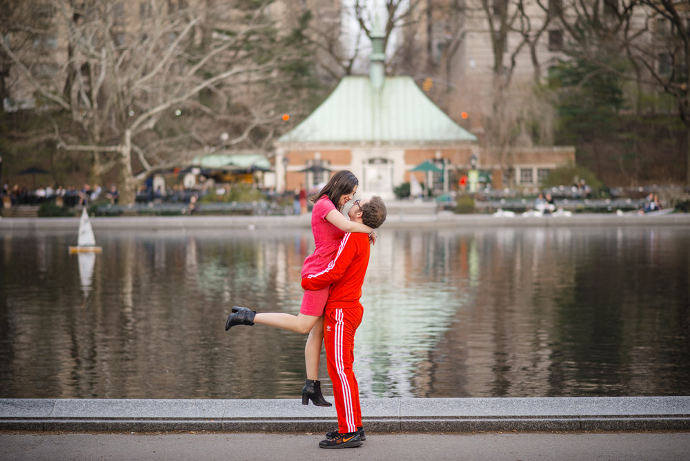 Central Park Engagement Photos 9.jpg