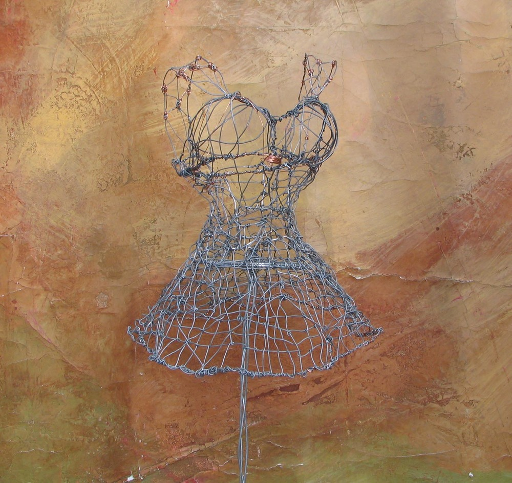 wire dress 2.jpg