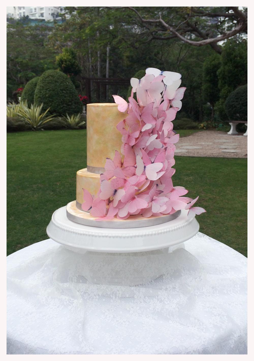 Monerie & Kuen Wedding Cake.jpg