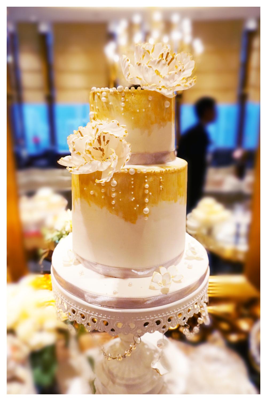 Zoe & Patrick Wedding Cake.jpg