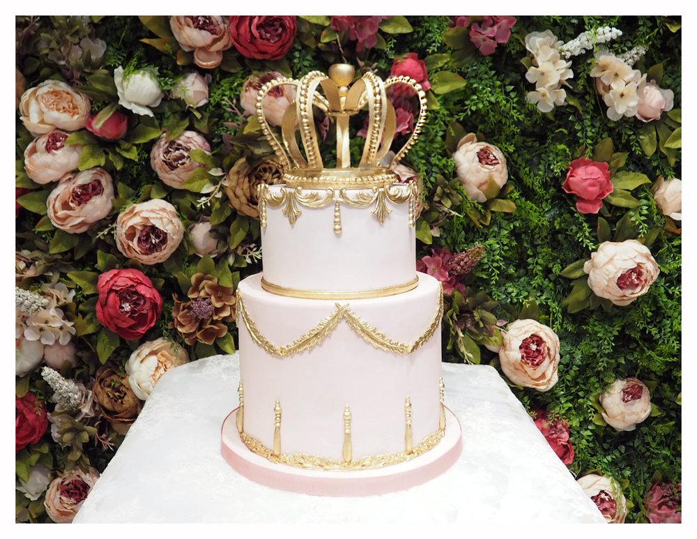Cake in the garden2.jpg