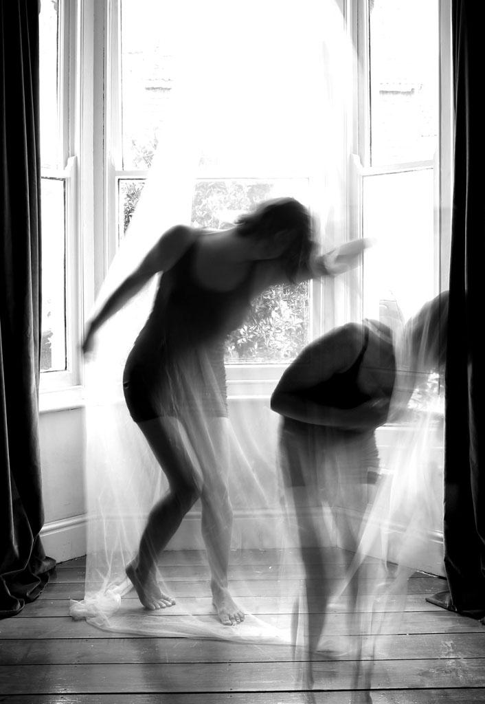 web_Hannah dancing with herself2.jpg