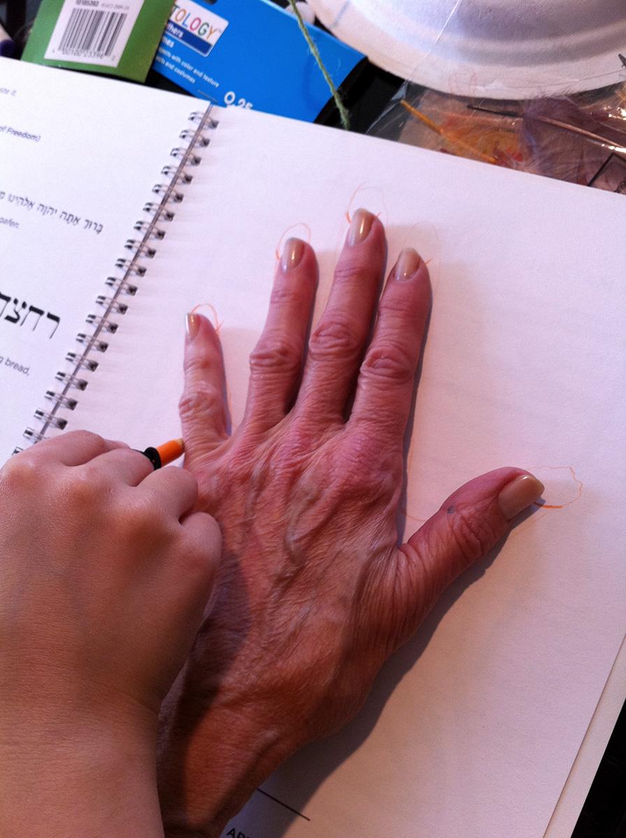 Tracing Grandmas Hand copy 3.JPG