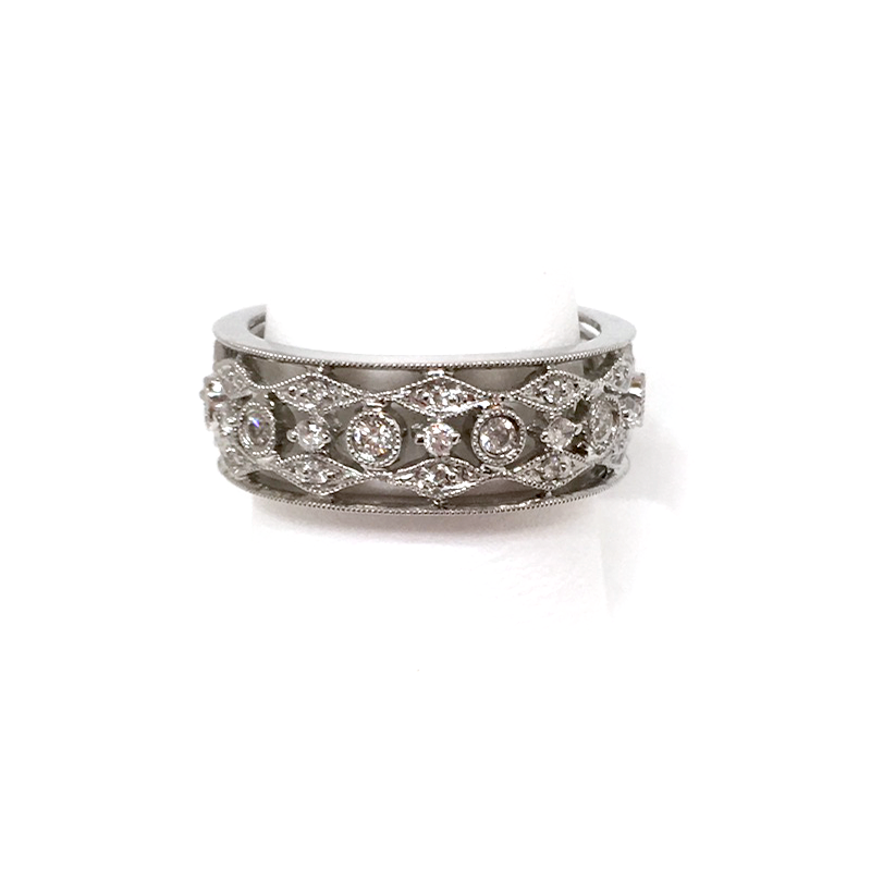 Ring, Platimun-SIlver, Diamonds3.png