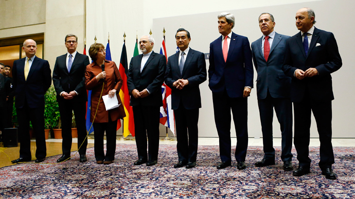 EU Foreign Policy Chief Catherine Ashton and Iranian Foreign Minister Mohammad Javad Zarif along with the foreign ministers of six world powers in Geneva.