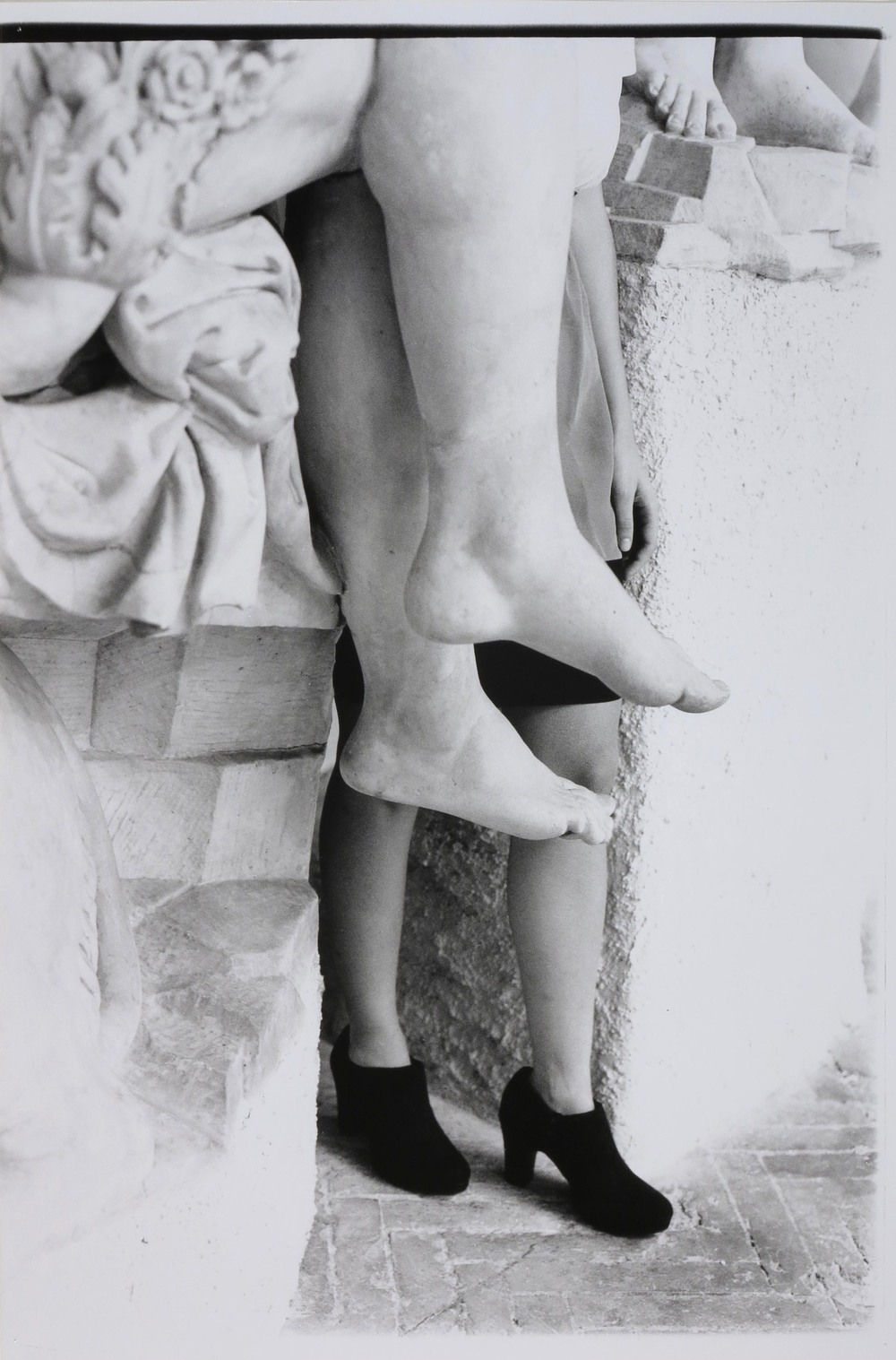 Legs at the Bargello  2014  gelatin silver print  36 x 24 inches