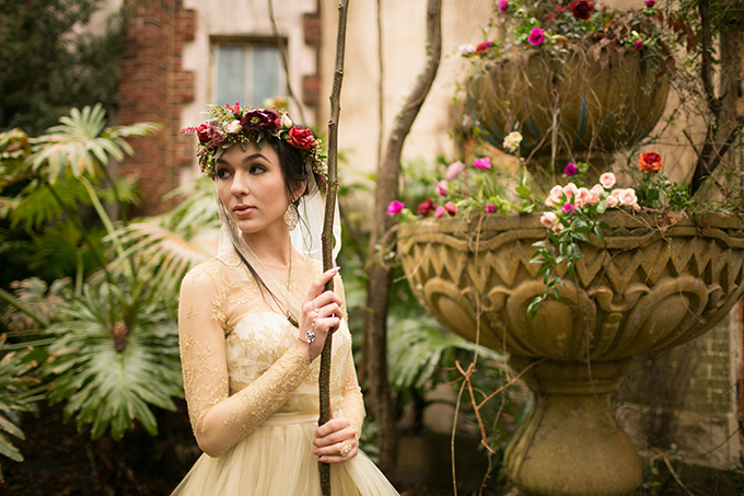 Makeup by Midori Tajiri-Byrd / Photographer:  Arte de Vie  / Styling & Design:  Blue Gardenia Events  / Florist:  Fat Cat Flowers