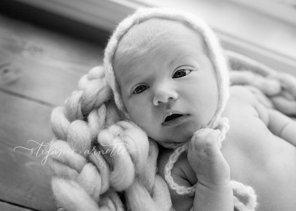 newborn-127bw.jpg