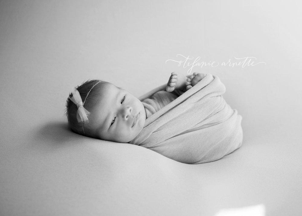 newborn-84bw.jpg