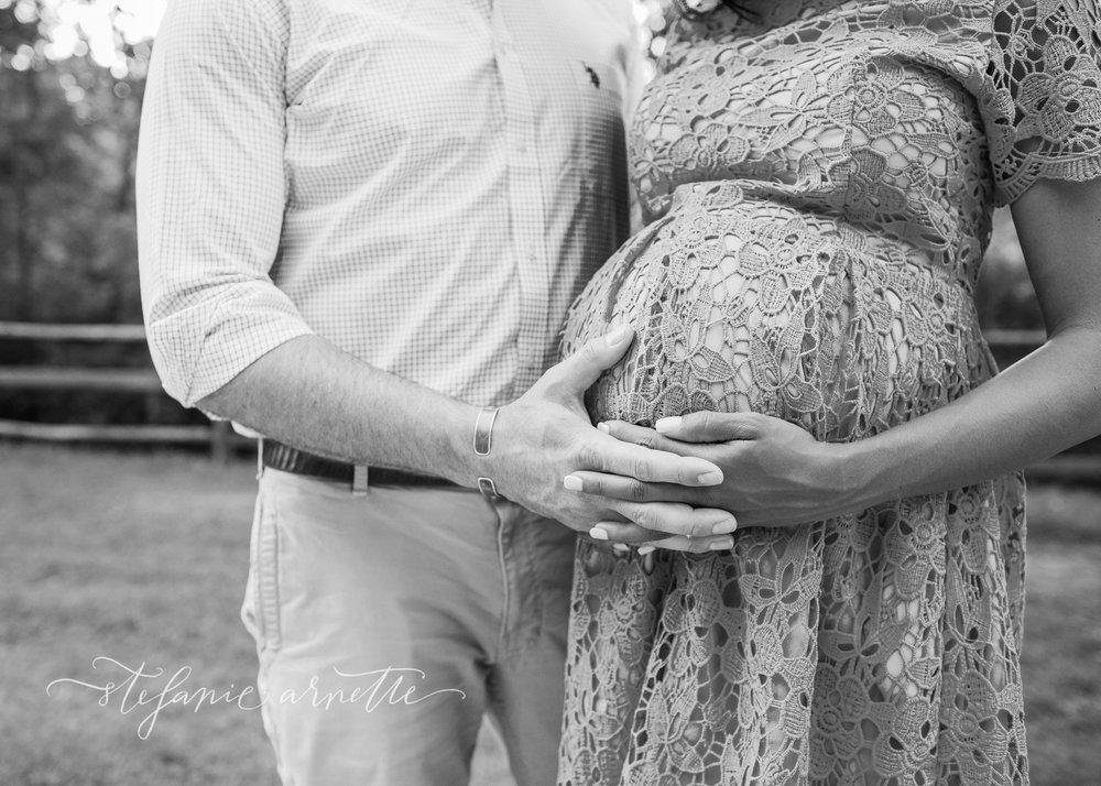 maternity-339bw.jpg