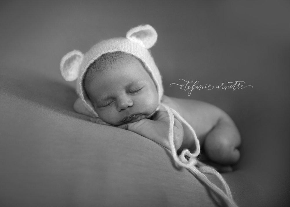 newborn-54bw.jpg