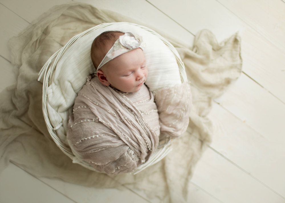 newborn (61).jpg