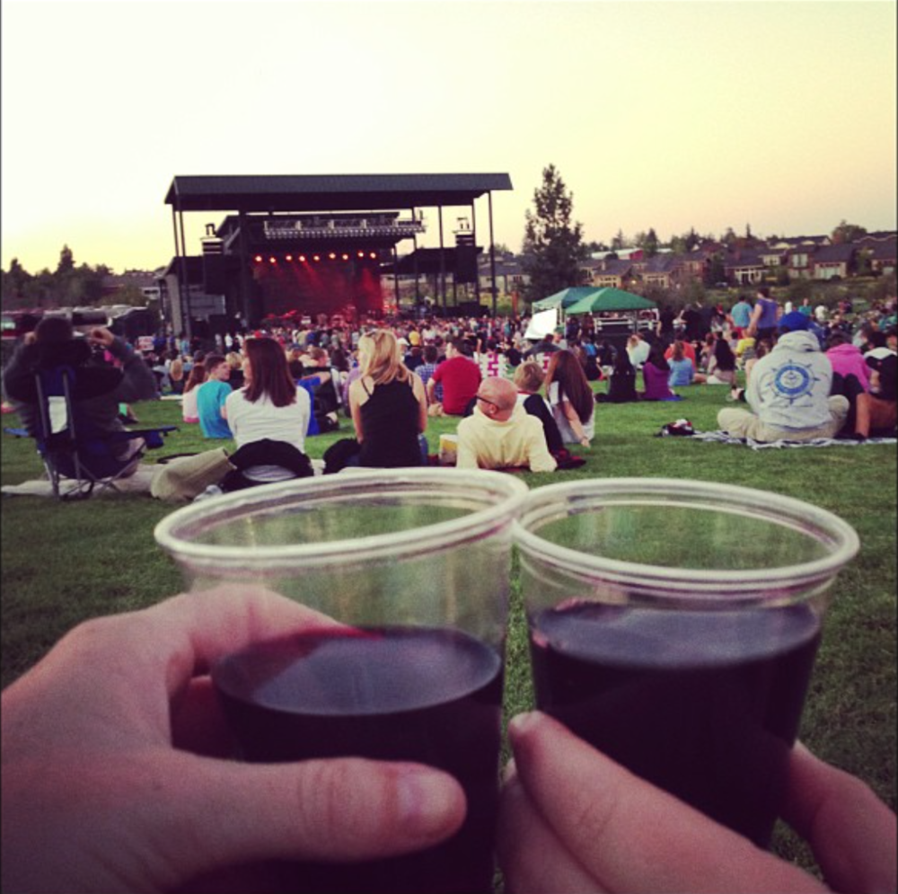 CHEERS TO AN OUTDOOR SUMMER CONCERT AT LES SCHWAB AMPITHEATER.