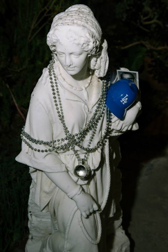 DP Statue.jpg
