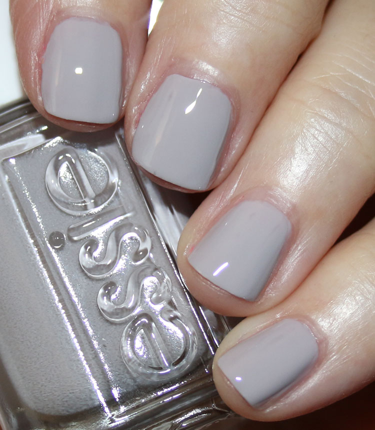 essie-Without-A-Stitch.jpg