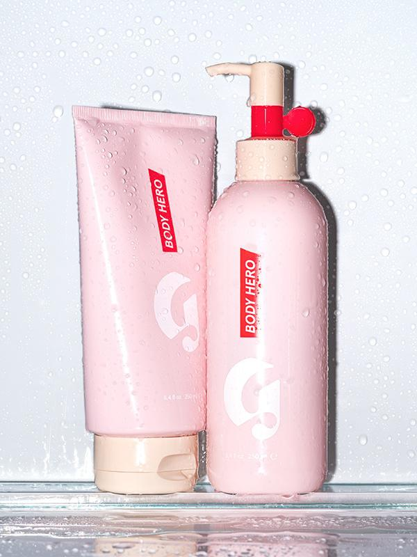 Body Hero Duo by Glossier ($35) - These are two bottles of luxury right here. I use both products daily and that says a lot coming from a girl who didn't even think to moisturize her entire body until about a minute ago. The oil wash still amazes me every time I step into the shower. It turns into a froth that I want to walk around in all day and randomly hug. #imnotlonely