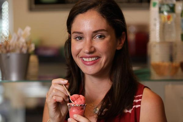 10 QUESTIONS WITH MELISSA TAVVS 🍦🍸 - Learn more about this #girlboss who's scooping her way to the top.