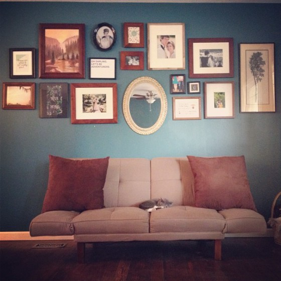 How to Make a Gallery Wall in 5 Steps