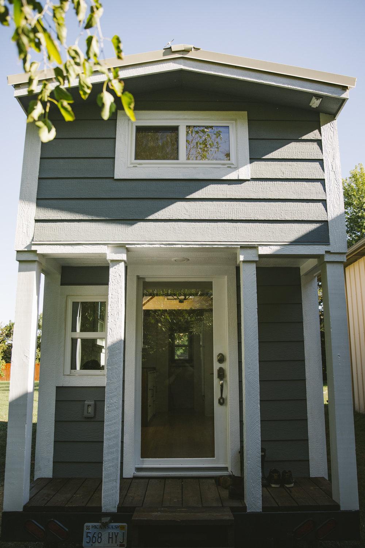 Tiny House-1.JPG