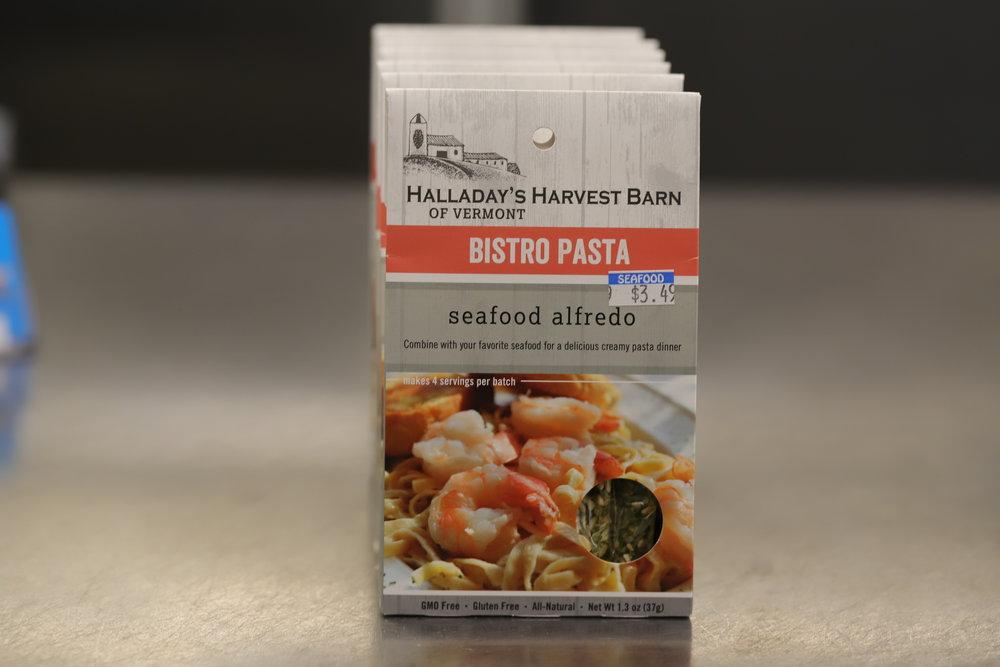 Halladay's Harvest Barn of Vermont Seafood Alfredo Bistro Pasta Seasoning
