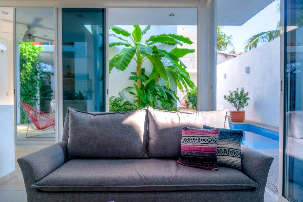 maraVilla Bucerias | Interior living room and semi-private pool