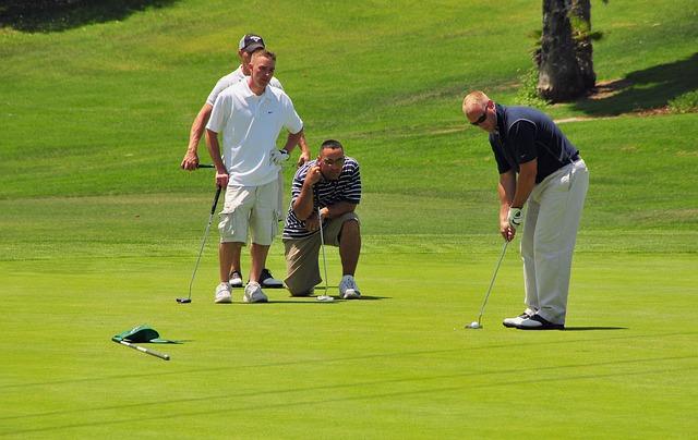 golfers-661792_640.jpg
