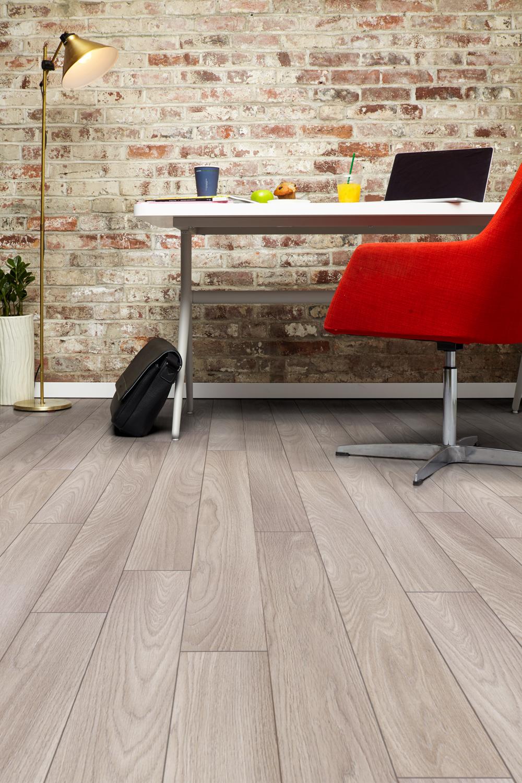Inhaus_Furniture15_0366_natural prestige colorado oak 160mm x 1286mm Vert.jpg