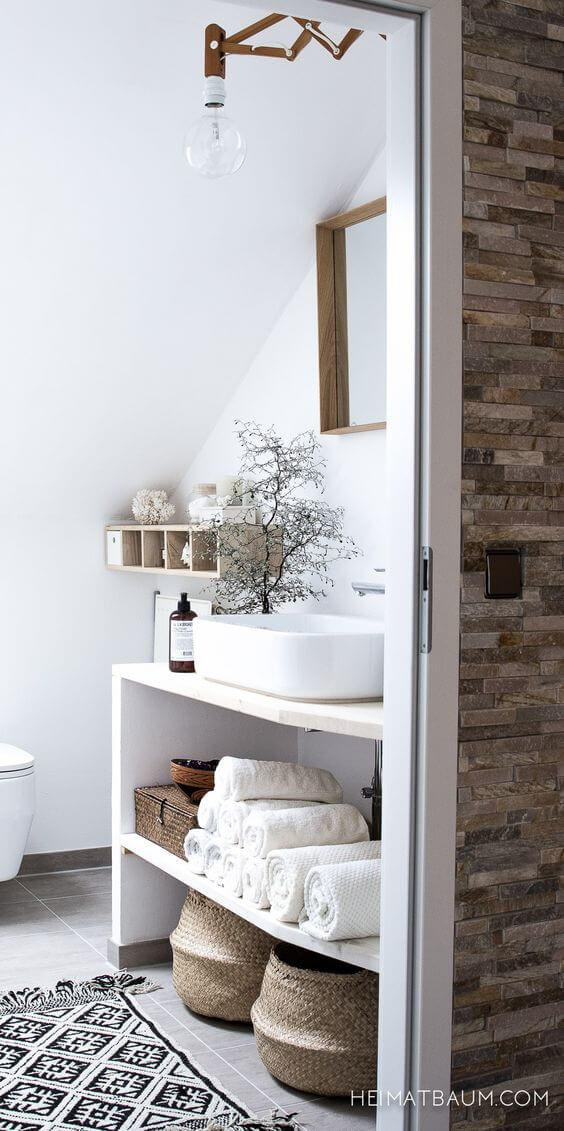 Scandinavian-neutral-bathroom.jpg