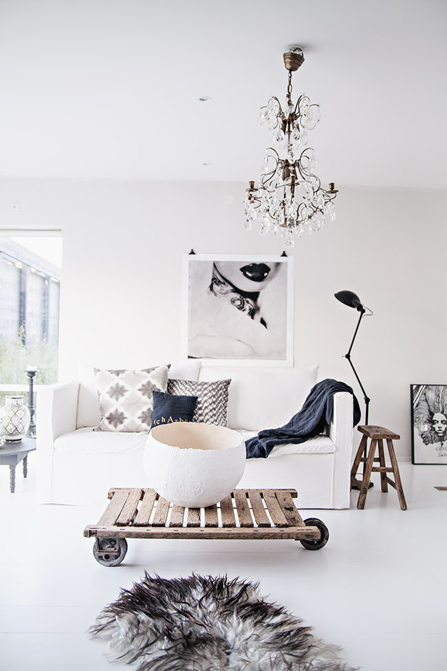 white-scandinavian-interior.jpg