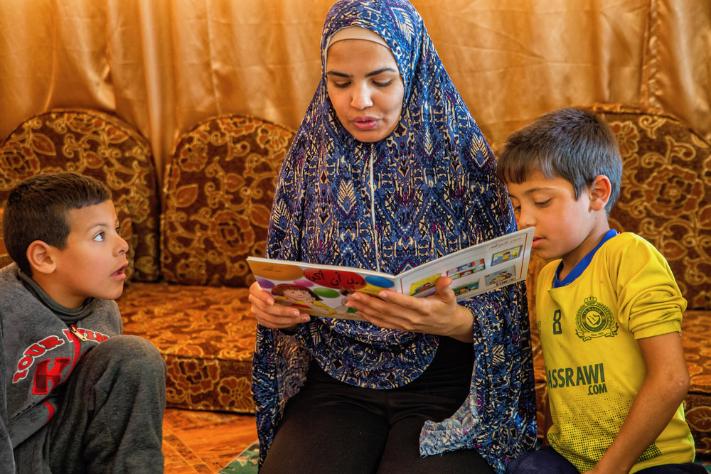 Reading sessions in Jordanian communities