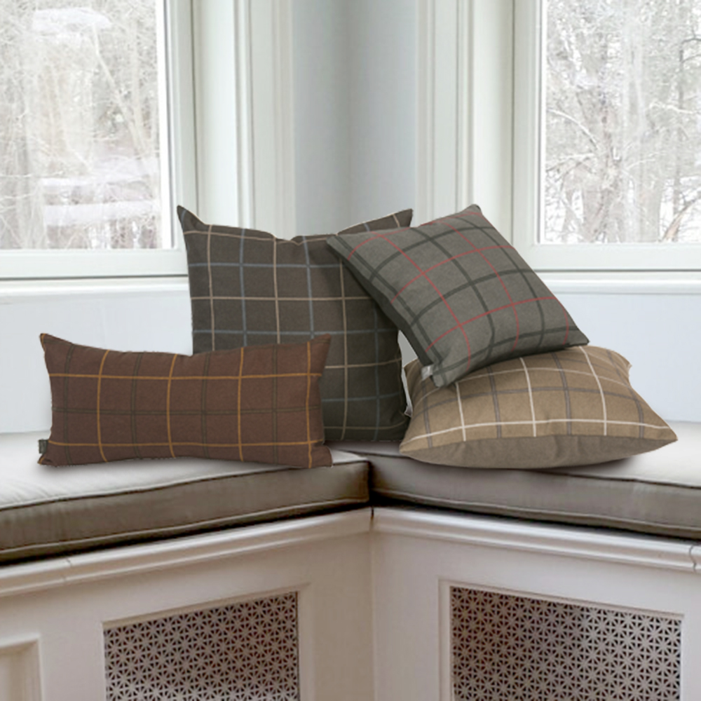 DECORATIVE PILLOWS   VIEW COLLECTION >