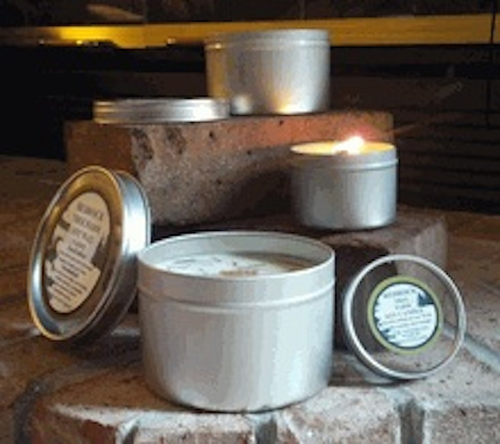 candle-tins-with-wooden-wicks-30.jpg