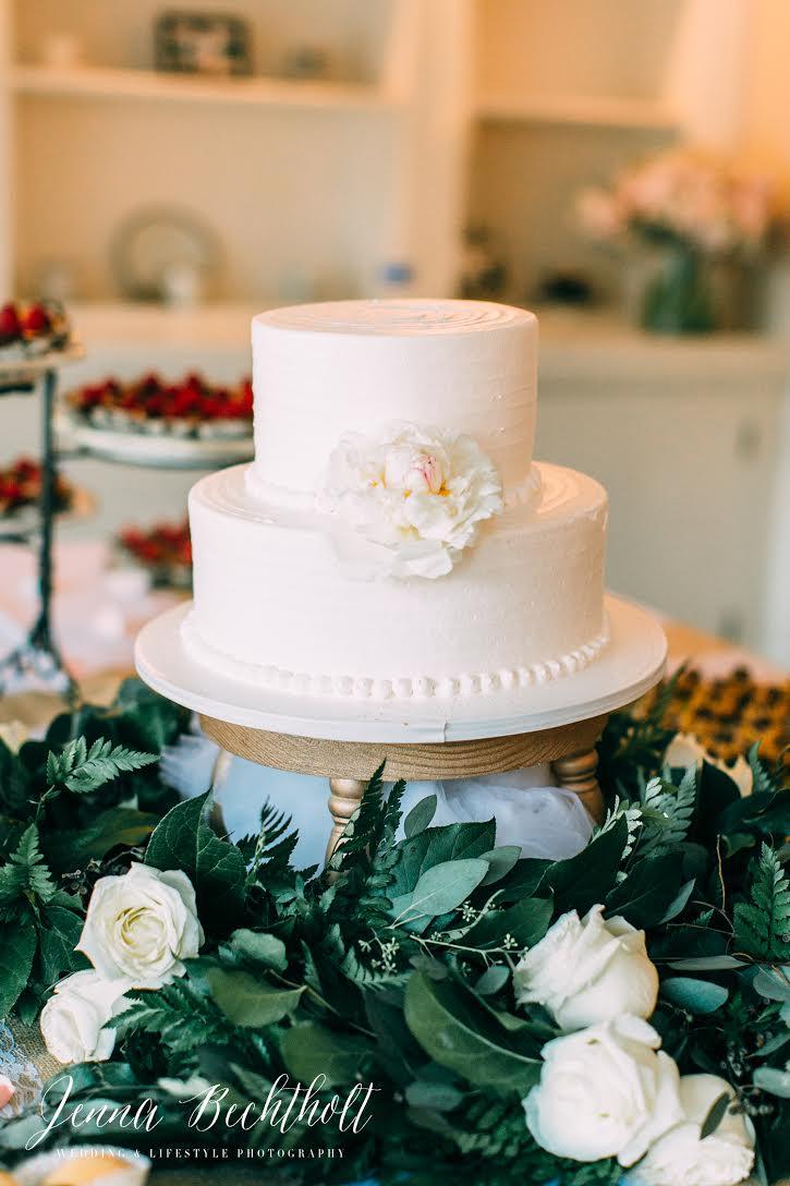 Orcutt Ranch Wedding Cake | Forever Taeken Weddings