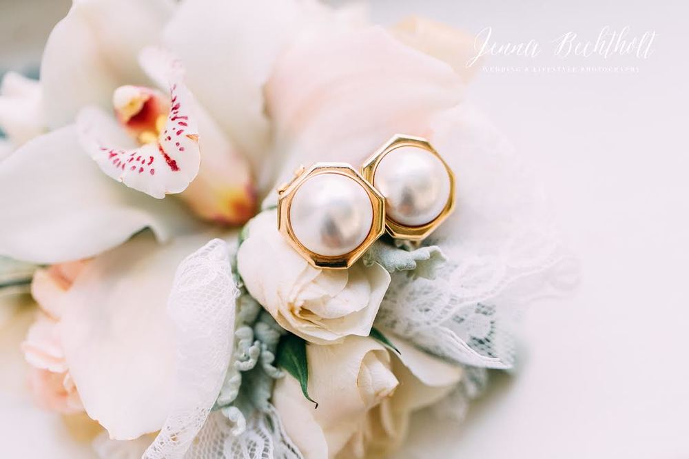 Orcutt Ranch Wedding Flowers and Pearls | Forever Taeken Weddings