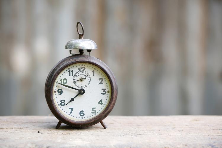 clock-timing.jpg