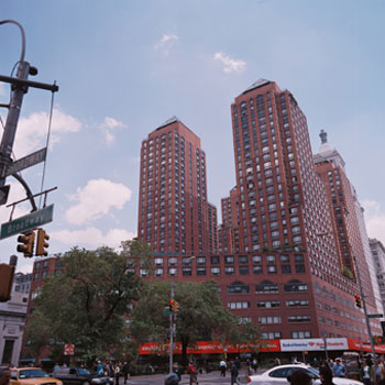 Union Square Towers New York City, Ten Union Square 1,000,000 SF mixed use tower; Partners with Zeckendorf Organization