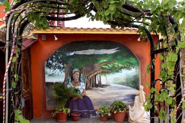 Art walk through San Jose Del Cabo, Mexico.