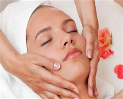 Facials  ( men & women) Deep cleaning & facial $95 Gentlemens's facial $85 Cleaning facial $85
