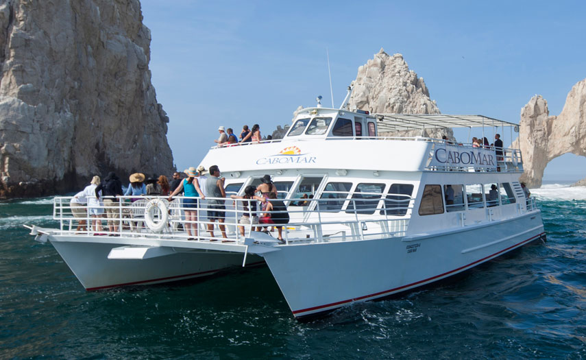Cabo Fiesta Dinner cruise on the Cabo Mar Best Mexican Buffet, Open bar, music and dancing...